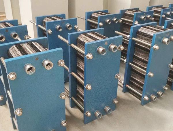 可拆式板式换热器成品区