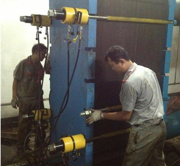 板式换热器维修前要如何对其进行拆卸?